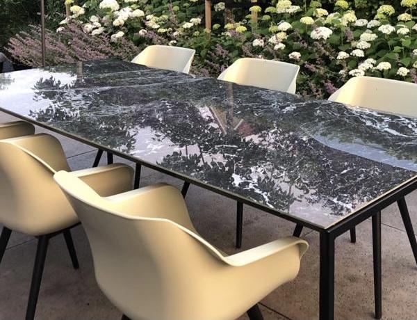 keramische tafels stoelen